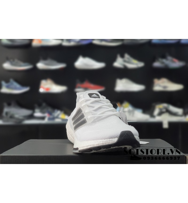 ULTRABOOST 2021 WHITE/BLACK